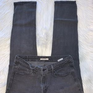 Levi's mid rise skinny size 16 33x30 jeans A13